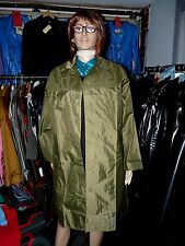 mans crisp nylon raincoat 46 chest stiff nylon rustles fetish mackintosh