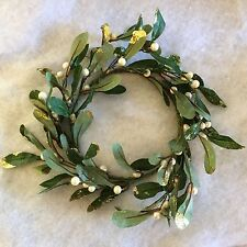 24cm Small Artificial Mistletoe Wreath Table Door Christmas Decoration Gold Ring