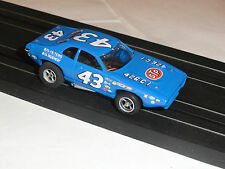 AURORA AFX #43 PLYMOUTH ROADRUNNER CUSTOM HO SLOT ON MAGN TRACTION CHASSIS