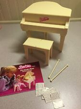 EUC - VTG Mattel BARBIE - GRAND PIANO AND BENCH -- WORKS!!