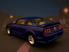 5th GEN 2005 05 FORD MUSTANG GT COLLECTIBLE / DIORAMA MODEL 1/64 SCALE DIECAST