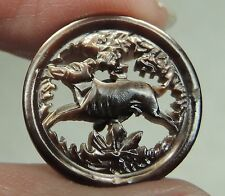 CARVED MOP PEARL SHELL BUTTON ~ RUNNING DOG