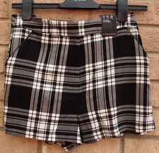 PRIMARK BLACK WHITE TARTAN CHECK CHECKED FORMAL PARTY CASUAL SHORTS HOT PANTS 6