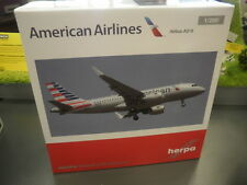 Herpa Wings 1:200 Airbus A319 American Airl. with shark
