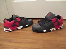 BNIB Size 11 DC Shoes Command Skate Shoes Gray Red White Black
