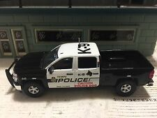 GREEN LIGHT 1:64 POLICE K-9 TEMPE, ARIZONA CHEVY SILVERADO CUSTOM UNIT