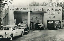 CPSM animée Centre Sécurité Automobile Club Ile de France