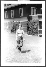 VINTAGE 1939 ST MARIE HOSPITAL MONTANA FORESTRY COLLEGE MAN CRUTCHES OLD PHOTO