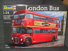 REVELL - LONDON BUS. SCALE 1:24. (BNIB).