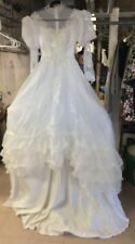 Size Small VINTAGE BEAUTIFUL PERFECT WEDDING GOWN White with Lace, Pearls ,Satin