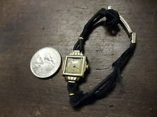 vintage ladies bulova 10 k g.f. 17 jewel 6az watch hadley band  original