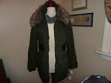 DKNY WINTER COAT  WITH DETACABLE HOOD SIZE MEDIUM