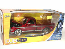 Jada Toys 53587, 1972 Chevrolet Chevy Cheyenne Pick-Up, red metallic, 1:24 OVP