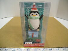 2014 Boston Warehouse Merry Penguins Christmas Holiday Salt & Pepper Shaker Set