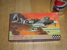 WW#2, BRITISH, SPITFIRE Mk.22, FIGHTER PLANE, HAWK MODEL KIT, Scale 1/72