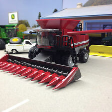 1/64 ERTL MASSEY FERGUSON 9795 COMBINE W/ BOTH HEADS