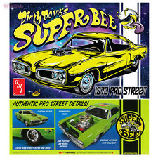 AMT 1970 DIRTY DONNY DODGE CORONET Super Bee Plastic Model Kit 1/25