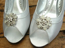 """Bride/Bridesmaid shoes size 5 """"smallwidefit"""" Bargain worth over £35) BRAND NEW"""