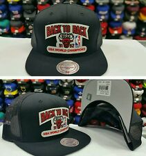 NBA Black Mesh Chicago Bulls back to back 91-92 Mitchell and Ness Snapback