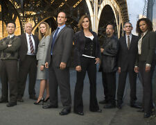 Law and Order : SVU [Cast] (39145) 8x10 Photo