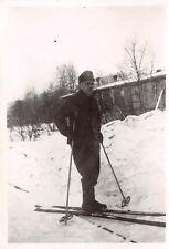 OT Arbeiter mit Schneeschuhe Lager Fauske Norwegen