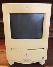 Macintosh Apple M1600 Color Classic Vintage Computer with Mouse & Keyboard 1993