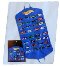 Hot Wheels Vinyl Fold Up Hanging 32 Spot Car Organizer Display Carry Case NEW