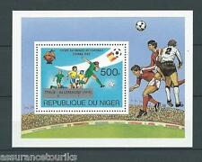NIGER - FOOTBALL ESPAGNE - 1982 BLOC YT 40 - TIMBRES NEUFS** LUXE