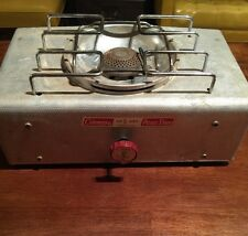 VINTAGE COLEMAN #5404 ALUMINUM SINGLE BURNER PICNIC STOVE. TESTED WORKS