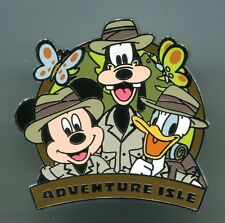 Shanghai Disney Resort Pin - Adventure Isle Mickey Goofy Donald