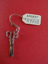 """ancienne médaille pendentif en argent """"ciseau"""" couture"""