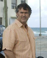 Campbell, Bruce [Burn Notice] (29126) 8x10 Photo