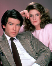 Remington Steele [Cast] (47653) 8x10 Photo