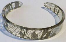 bracelet bijou rétro rigide décor dentelle noir par transparence *4728