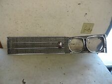 1966 Buick Electra 225 LH Driver Side Front Grill Assembly 9706655