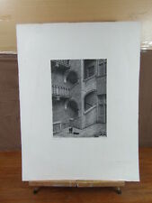 GRANDE GRAVURE SUR BOIS NANCY Cour de l'hotel de CHASTENOY Raymond SIMONIN 1973