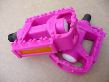 "Pink 9/16"" Pedals for Childrens bike with a 3 peice crank Junior Girls kids"