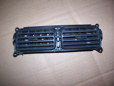 1999-04 SUZUKI VITARA CHEVY TRACKER CENTER VENT HEATER VENTS AC AIR HEAT PARTS