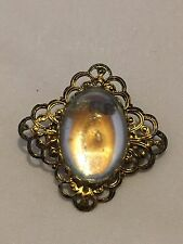 ANTIQUE CLEAR JELLY BELLY CABOCHON GOLD PLATED FILIGREE OVAL BROOCH~