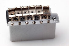 VINTAGE style tremolo chrome Incl Accessori, steelblock, Fender Pat. rilevamenti. Saddles