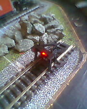 HORNBY 00 MODEL RAILWAY TRACK BUFFER STOP WITH 12 VOLTS WIRELESS RED LED LIGHT