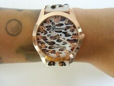 Montre fantaisie originale plastique léopard panthere cheetah blanc marron pinup