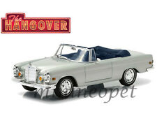 GREENLIGHT 86461 HANDOVER 1969 MERCEDES BENZ 280 SE CONVERTIBLE 1/43 SILVER