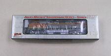 Atlas Master Locomotive Series Silver #7650 Dash 8-40CW BNSF