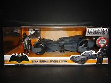 Jada Batmobile Batman v Superman with Figure 1/24 98034