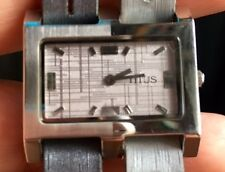 TITUS QUARTZ WOMEN'S WATCH!