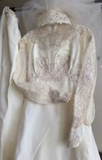 VTG 50'S LACE PRINCESS VICTORIAN WEDDING GOWN & CATHEDRAL TRAIN, VEIL, SIze S-M