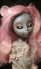 OOAK Ever After Monster High Mouscedes King Artist Repaint By JSAL