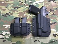 Black Kydex Glock 19/23/32 with Surefire X300 Ultra & Dual Mag Carrier