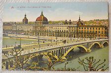 """CPA """" LYON - Pont Wilson et l'Hôtel Dieu"""